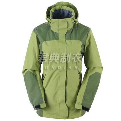 现货橄榄绿女士户外单层冲锋衣