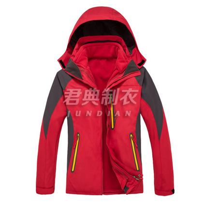 新款红色户外三合一冲锋衣