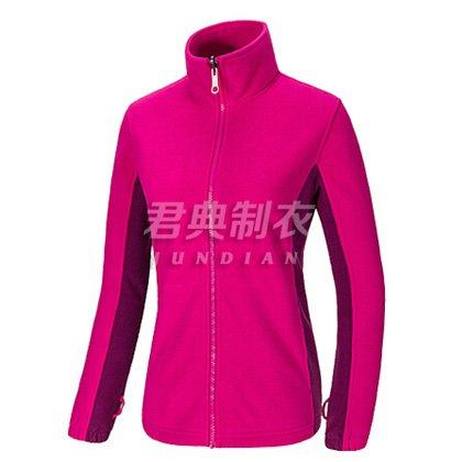 女款紫红色户外抓绒衣