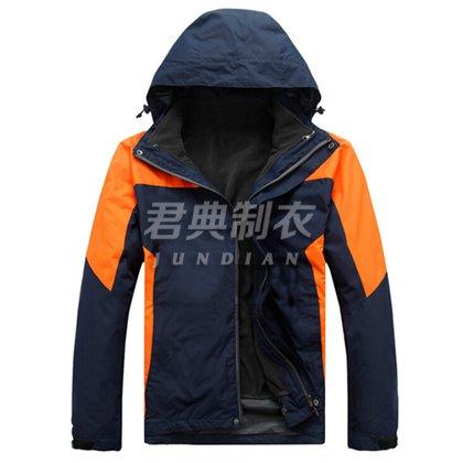 时尚动感多层防水透气冲锋衣